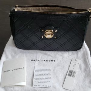 Marc Jacobs Bags - Marc Jacobs cosmetic bag